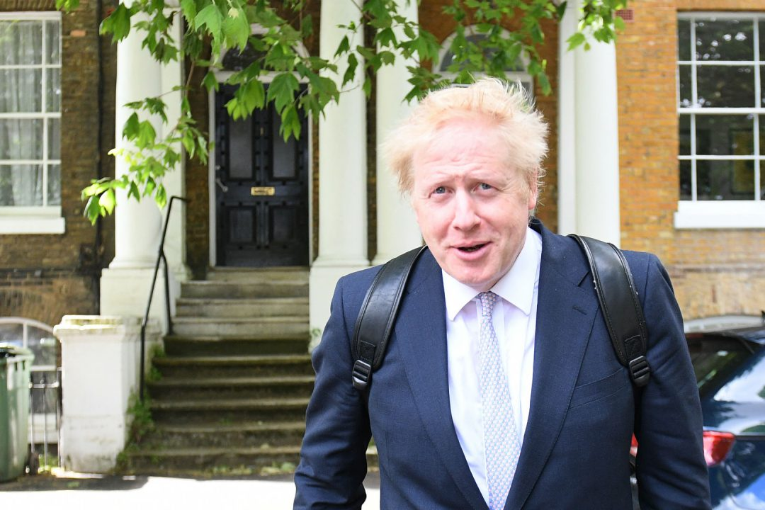 Boris Johnson quitte son domicile à Londres. Photo: Daniel Leal-Olivas/AFP